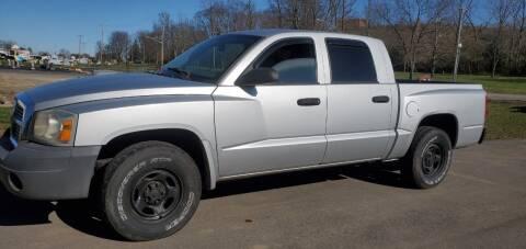 2005 Dodge Dakota for sale at Superior Auto Sales in Miamisburg OH