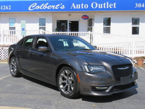 2018 Chrysler 300 for sale at Colbert's Auto Outlet in Hickory NC