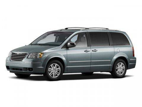 2009 Chrysler Town and Country for sale at Strosnider Chevrolet in Hopewell VA