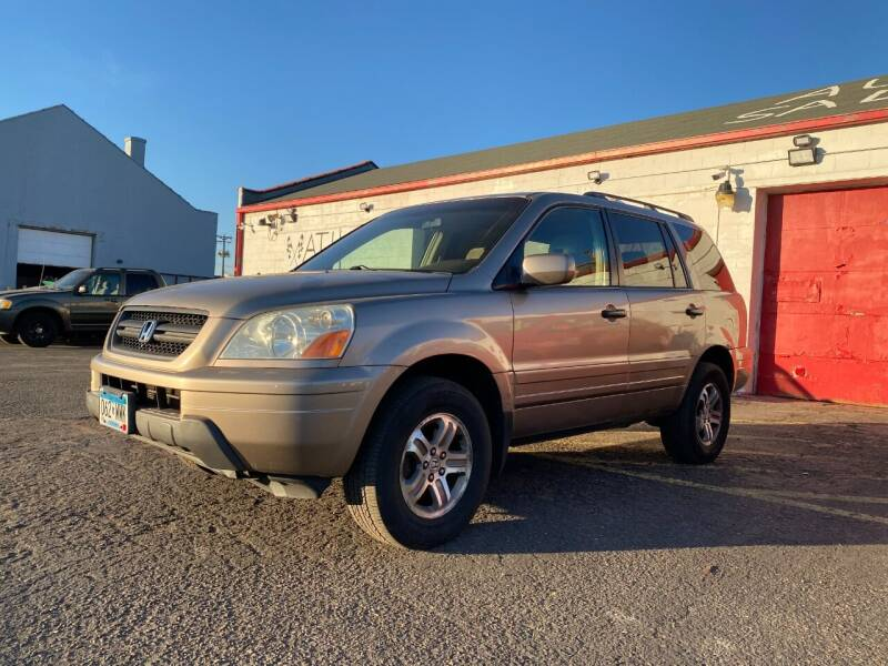 2003 Honda Pilot for sale at Auto Tech Car Sales and Leasing in Saint Paul MN