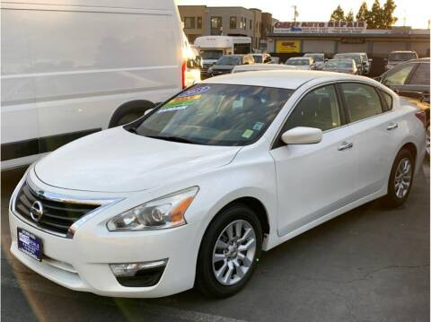 2013 Nissan Altima for sale at AutoDeals in Hayward CA