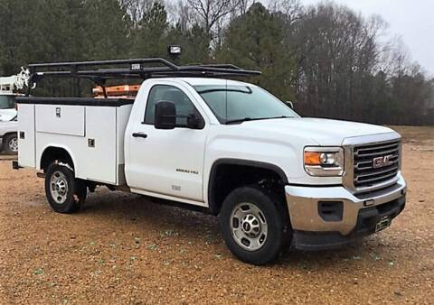 2015 GMC Sierra 2500HD for sale at KA Commercial Trucks, LLC in Dassel MN