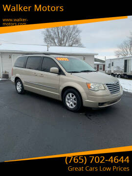 2009 Chrysler Town and Country for sale at Walker Motors in Muncie IN