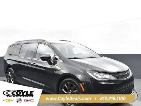 2018 Chrysler Pacifica for sale at COYLE GM - COYLE NISSAN - New Inventory in Clarksville IN