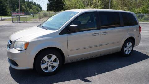 2013 Dodge Grand Caravan for sale at G & R Auto Sales in Charlestown IN
