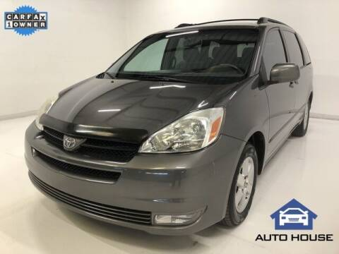 2004 Toyota Sienna for sale at Auto House Phoenix in Peoria AZ