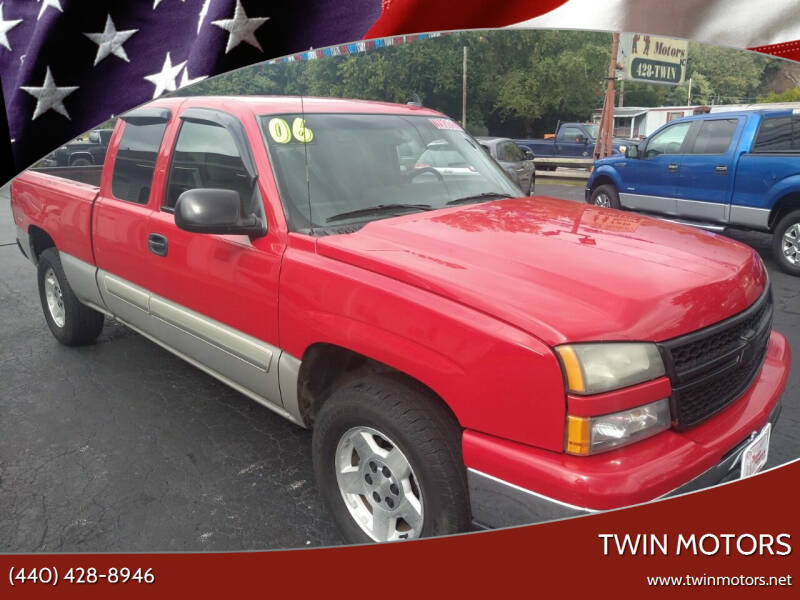 2006 Chevrolet Silverado 1500 for sale at TWIN MOTORS in Madison OH