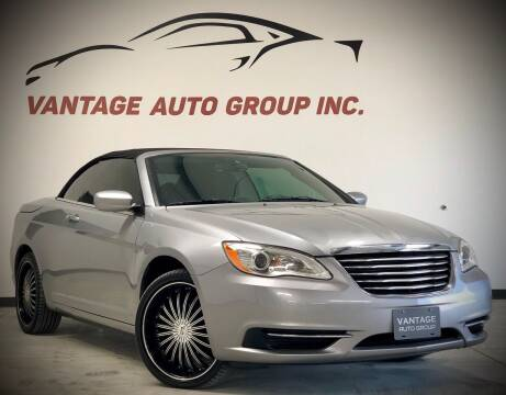 2013 Chrysler 200 Convertible for sale at Vantage Auto Group Inc in Fresno CA