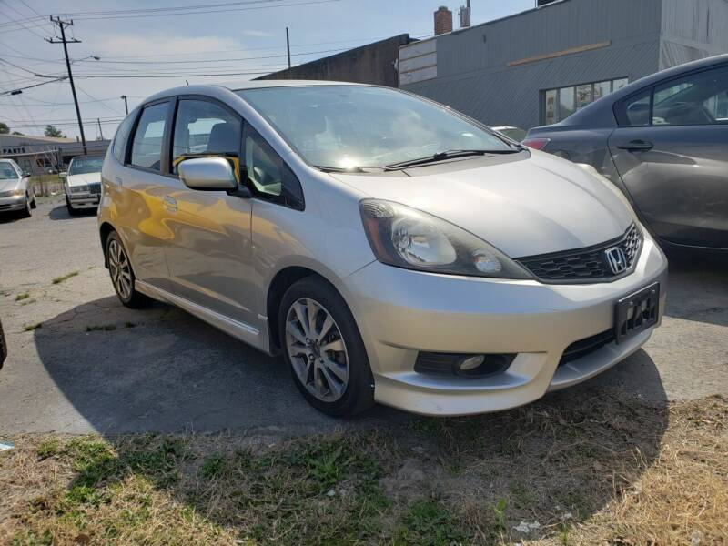2013 Honda Fit for sale at Plaza Motors in Richmond VA