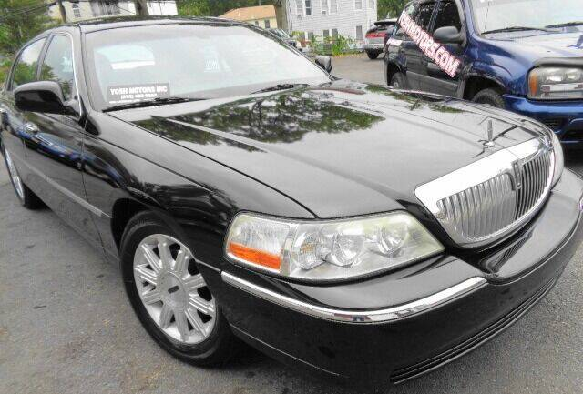 2008 Lincoln Town Car for sale at Yosh Motors in Newark NJ