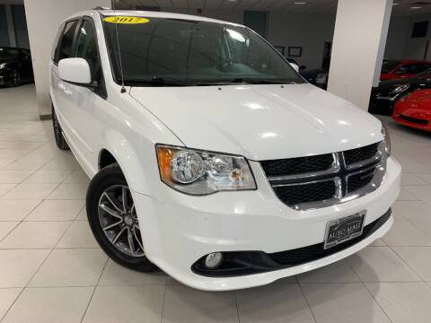 2017 Dodge Grand Caravan for sale at Auto Mall of Springfield in Springfield IL