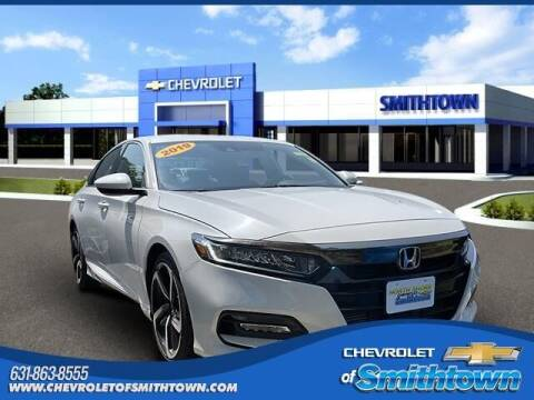 2019 Honda Accord for sale at CHEVROLET OF SMITHTOWN in Saint James NY