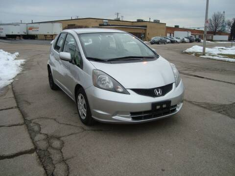 2012 Honda Fit for sale at ARIANA MOTORS INC in Addison IL