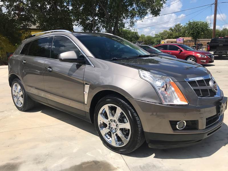 2012 Cadillac SRX for sale at Auto A to Z / General McMullen in San Antonio TX