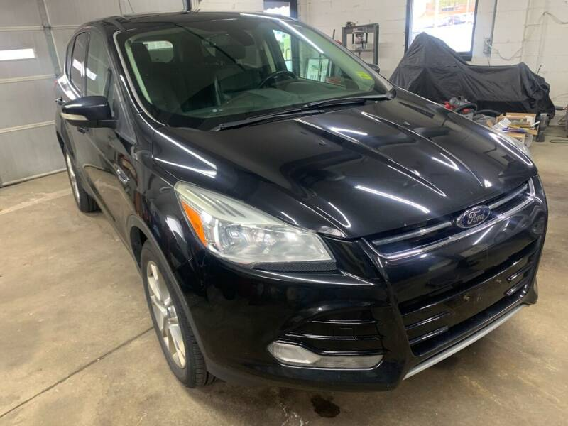 2013 Ford Escape for sale at QUINN'S AUTOMOTIVE in Leominster MA