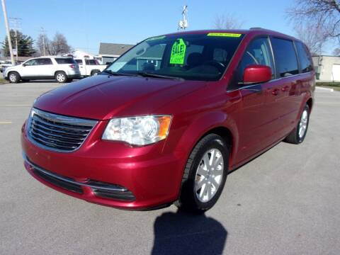 2015 Chrysler Town and Country for sale at Ideal Auto Sales, Inc. in Waukesha WI