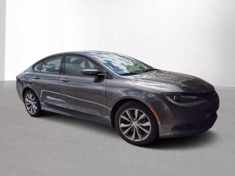 2016 Chrysler 200 for sale at Jimmys Car Deals at Feldman Chevrolet of Livonia in Livonia MI