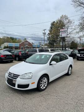 2010 Volkswagen Jetta for sale at NEWFOUND MOTORS INC in Seabrook NH
