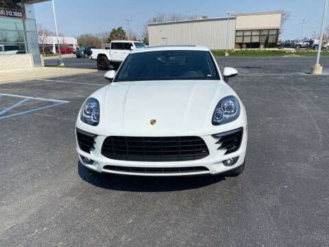 2018 Porsche Macan for sale at Davco Auto in Fort Wayne IN
