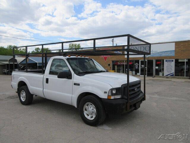 2004 Ford F-350 Super Duty for sale at Rondo Truck & Trailer in Sycamore IL
