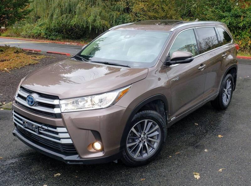 2017 Toyota Highlander Hybrid for sale at Halo Motors in Bellevue WA