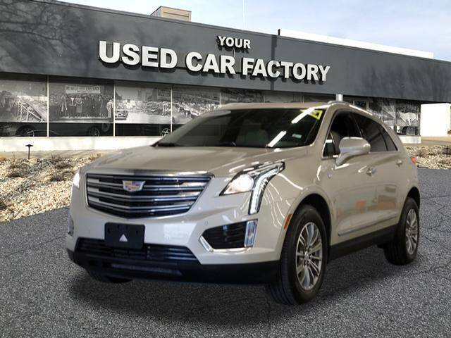 2017 Cadillac XT5 for sale at JOELSCARZ.COM in Flushing MI