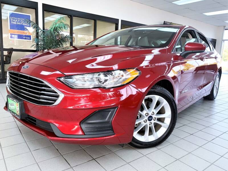 2019 Ford Fusion Hybrid for sale at SAINT CHARLES MOTORCARS in Saint Charles IL