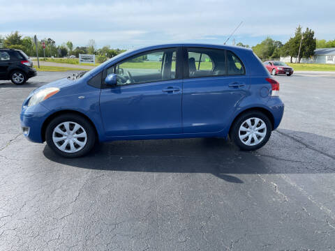 2009 Toyota Yaris for sale at ROWE'S QUALITY CARS INC in Bridgeton NC
