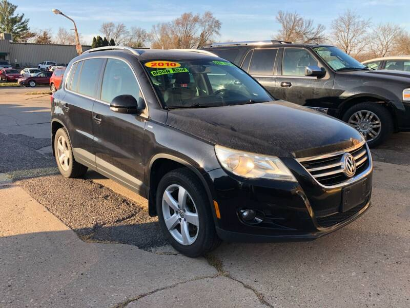 2010 Volkswagen Tiguan for sale at River Motors in Portage WI