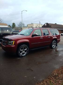 2009 Chevrolet Suburban for sale at WB Auto Sales LLC in Barnum MN