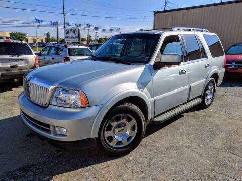 2005 Lincoln Navigator for sale at JT AUTO in Parma OH