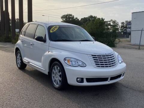 2010 Chrysler PT Cruiser for sale at Betten Baker Preowned Center in Twin Lake MI