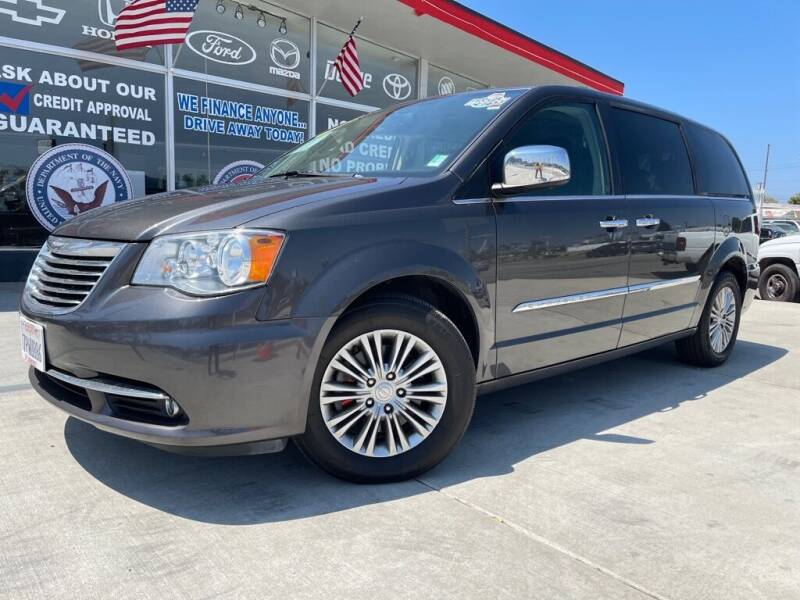 2016 Chrysler Town and Country for sale at VR Automobiles in National City CA