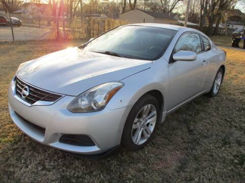 2013 Nissan Altima for sale at Dons Carz in Topeka KS