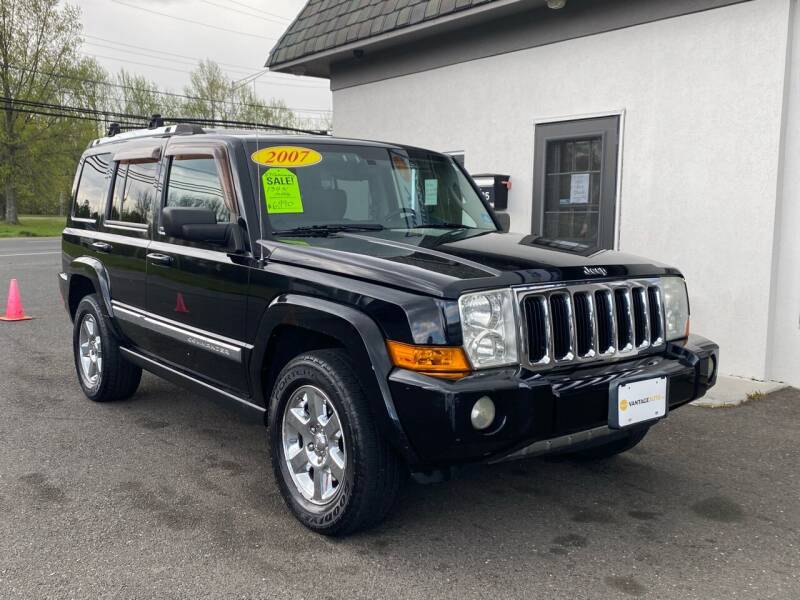 2007 Jeep Commander for sale at Vantage Auto Group in Tinton Falls NJ