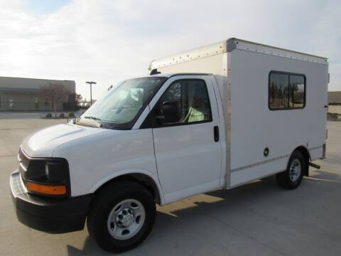 2016 Chevrolet Express Cutaway for sale at 2Win Auto Sales Inc in Oakdale CA