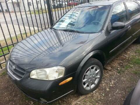 2000 Nissan Maxima for sale at Ody's Autos in Houston TX