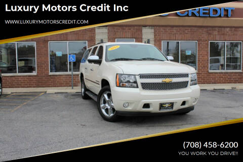 2013 Chevrolet Suburban for sale at Luxury Motors Credit Inc in Bridgeview IL