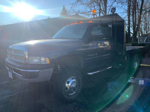 2001 Dodge Ram Pickup 3500 for sale at South Commercial Auto Sales in Salem OR