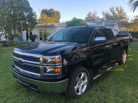 2015 Chevrolet Silverado 1500 for sale at Global Motors in Hialeah FL