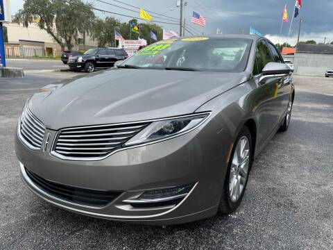 2016 Lincoln MKZ for sale at RoMicco Cars and Trucks in Tampa FL