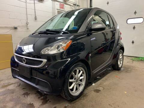 2014 Smart fortwo for sale at Auto Warehouse in Poughkeepsie NY