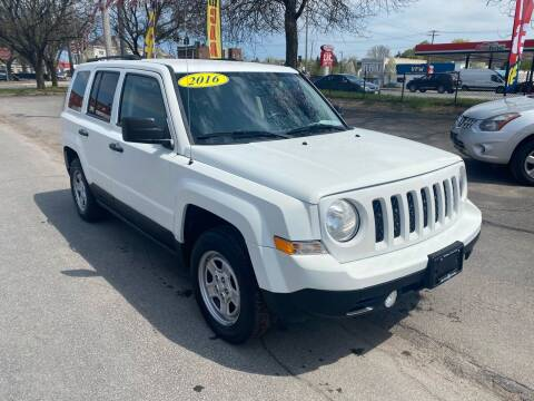 2016 Jeep Patriot for sale at Midtown Autoworld LLC in Herkimer NY