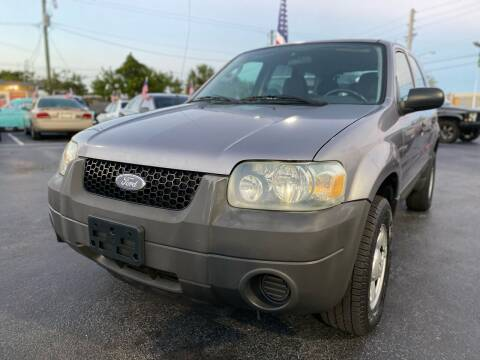 2007 Ford Escape for sale at KD's Auto Sales in Pompano Beach FL