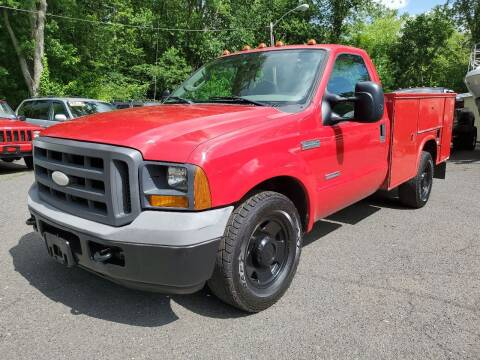 2005 Ford F-350 Super Duty for sale at CENTRAL AUTO GROUP in Raritan NJ