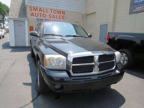 2007 Dodge Dakota for sale at Small Town Auto Sales in Hazleton PA
