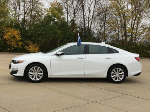 2019 Chevrolet Malibu for sale at LANDMARK OF TAYLORVILLE in Taylorville IL