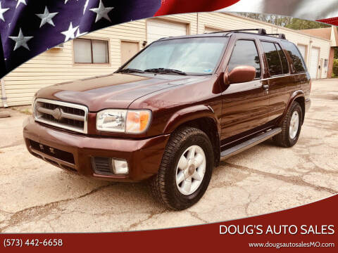 2000 Nissan Pathfinder for sale at Doug's Auto Sales in Columbia MO
