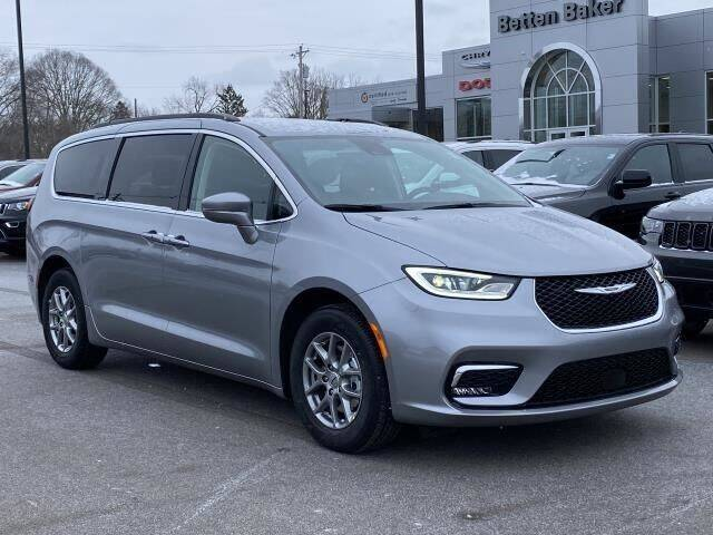2021 Chrysler Pacifica for sale in Lowell, MI
