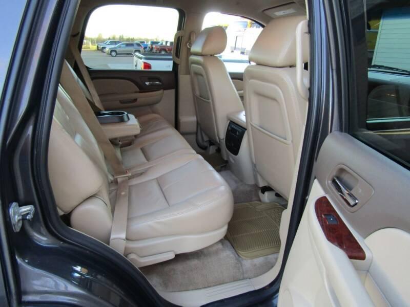 2010 Chevrolet Tahoe 4x4 LT 4dr SUV - Moorhead MN